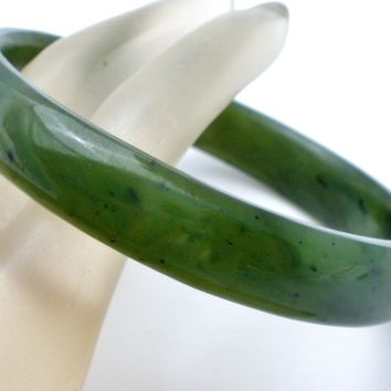 Chinese Green Jade Jadeite Bangle Bracelet Vintage