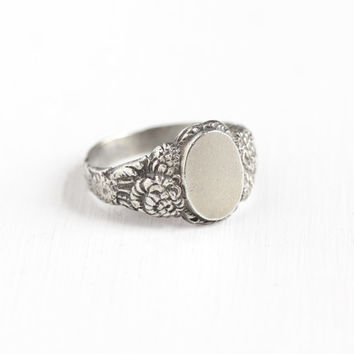 Vintage Sterling Silver Blank Signet Flower Design Ring - Men's Art Nouveau Style Size 10 Repousse Floral Vine Oval Center Statement Jewelry