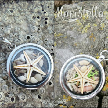 REAL SEASTAR and Real SeaSHELLS in a 30 mm two sided glass pendant/locket keychain. Mermaid CLOSED silver glass locket keychain 8cm long