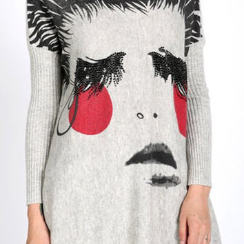 Red Cheek and Face Printed Long Sleeves Sweater