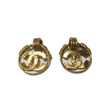 Chanel Vintage Gold Tone Clip-on Earrings