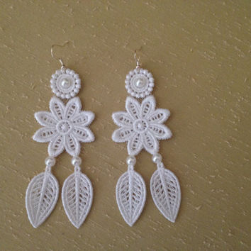 Bridal lace earrings White lace earrings Wedding earrings Bridal earrings Leaf earrings Flower earrings Gift for her