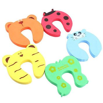 4pcs/set Colorful Baby Finger Protector Baby Helper Kids Safety Door Stopper Finger Pinch Guard Lock Random Color