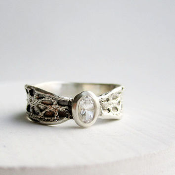 Silver Lace Bow Ring, White Topaz