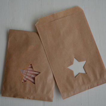 Small Kraft paper bag with a star window set of 20 natronkraft bags with cellophane bag--- Party favors, birthday party or wedding favor