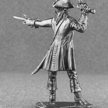 Action Figures Soldiers Pirates of the Caribbean 1/32 Scale Captain Jack Sparrow Toy Soldiers 54mm Tin Metal Miniature Statuette