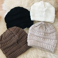 FALL KNIT BEANIE - MORE COLORS