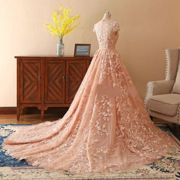 Lace Wedding Dresses Long Train Bridal Gowns Short Sleeves Wedding Dress With Golden Belt robe