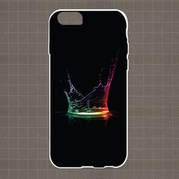 Splashes Water iPhone 4/4S, 5/5S, 5C Series Hard Plastic Case