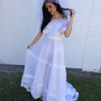 1950's Vintage Chiffon & Lace Wedding Gown Dress, Size Small