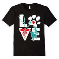Veterinarian Love Cat and Dog Veterinary T Shirt