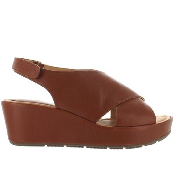 Me Too Arena - Luggage Leather Slingback Platform/Wedge Sandal