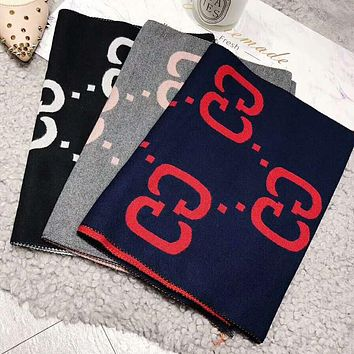 GUCCI Fashionable Couple Cashmere Cape Scarf Scarves Shawl Accessories
