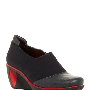 Weekend Comfort Wedge Pump Clog Leather Black Red Combo size 39