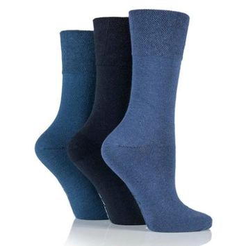 Non Binding Socks for Women in Navy Mix