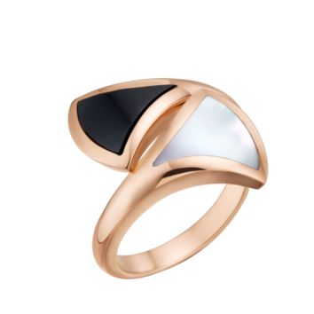 DIVAS' DREAM Mother of Pearl Ring AN857049