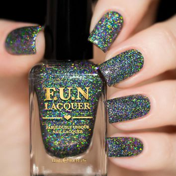 FUN Lacquer Black Holo Witch (H) (Simplynailogical Collection)