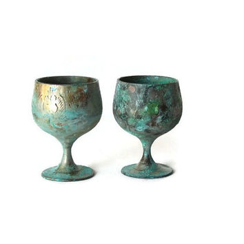 Old copper wine goblets. Metal wine glasses. Engraved copper wine chalices. Old copper cups. Verdigris patina. Two small goblets. Vintage.