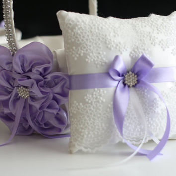 Violet Wedding Ring Pillow and Flower Girl Basket \ Light Purple Bearer Pillow and Wedding Basket Set \ Violet Bridal Ring Holder + Basket