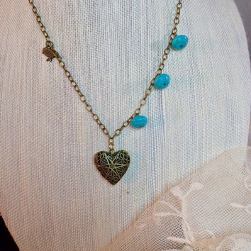 Diffuser Necklace, Diffuser Jewelry, Aromatherapy Necklace, Aromatherapy Jewelry, Filigree Heart, Heart Locket, Turquoise, Bird, Diffuser