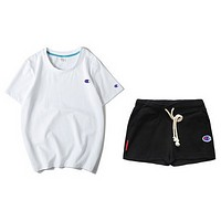 Champion sells women's suits of multicolored short-sleeved shorts