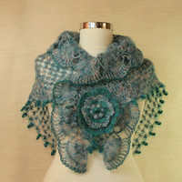 $90 Seasparkle of Marmara / Crochet Teal Wedding Shawl by lilithist