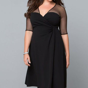 Plus Size Half Sleeve V-Neck Dress