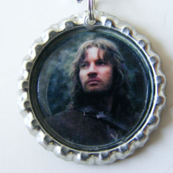 Bottle Cap Pendant - FARAMIR - LOTR  - Lord of the Rings -  bottlecap - with 24-inch silverplated Ball Chain Necklace
