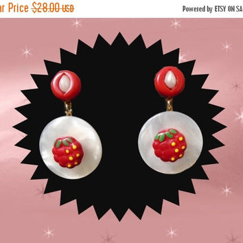 SALE Summer Raspberry Earrings - OOAK Short Red & White Dangles - Vintage Buttons