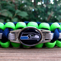 Seattle Seahawks Team Paracord Bracelet with an by knotcreations