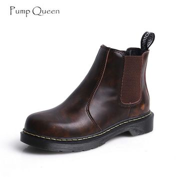 PumpQueen Chelsea Boots Women Black Leather 2018 New Winter Boots Causal Slip On Low Heels Vintage Solid Autumn Female Shoes