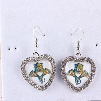 Drop Shipping Earrings NHL Team Florida Panthers Heart Cabochon Earrings Ice Hockey Charms With Crystals Earrings for Women Fans