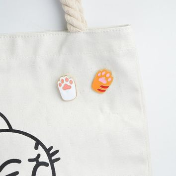Pins with Pet paw print in enamel pin, Cat and Dog paw.