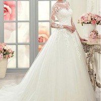 [169.99] Graceful Tulle Bateau Neckline A-line Wedding Dresses With Lace Appliques - dressilyme.com