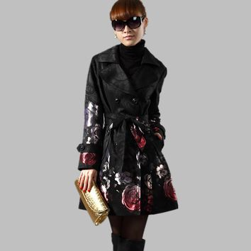 2017 New Spring Autumn Women's Floral Trench Long Outerwear Plus Size Rose Jacquard Double Breasted Slim Trench Coat Female C254
