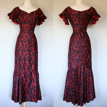 Bombshell 1960's mermaid wiggle dress by Stan Hicks in red Tiki print polished cotton floor length Hawaiian maxi dress small size 6