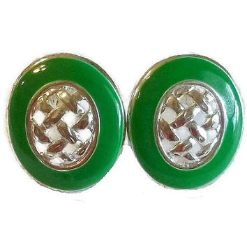 1960's Emerald Green Earrings, Vintage Silver & Green Basket Weave Metal Clip Earrings, 60s Mod Fashion, Mad Men Vintage Jewelry