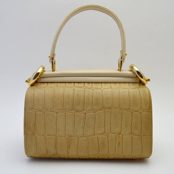 Vintage Tano of Madrid Handbag, Pale Tan Leather with Alligator Texture, Perfect Spring Purse, Unique Side Clasps, circa 1980s