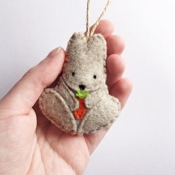 Felt bunny decoration, Easter bunny ornament, stuffed rabbit, woodland cute animal, beige felt rabbit, home decor, door hanger, gift topper