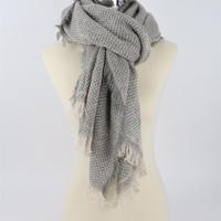 Knit Fashion Chunky Scarf With Frayed Edge - Lt. Grey