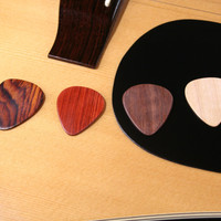 Guitar pick wooden gift set guitar wood plectrums perfect fathers day gift set #1