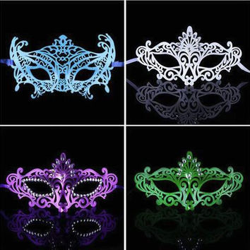 Sexy PVC Hollow Mask Color Painted Upper Half Face Dance Masquerade Party Night Club Queen Female Halloween Woman Masks 3 Style