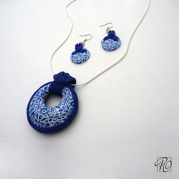 Set Pendant Necklace Blue White and Earrings, Polymer Clay Jewelry, Blue Ribbon Modern Jewelry. Ready to ship.