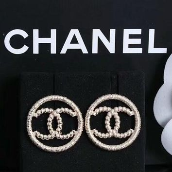 CHANEL Fashion new round earrings accessories women Silver