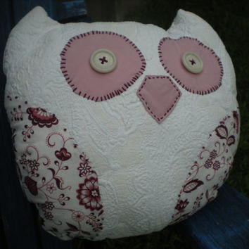 adorable cranberry and cream owl accent pillow with vintage bakelite button eyes