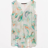 Water Color Print V- Neckline Sleeveless Top