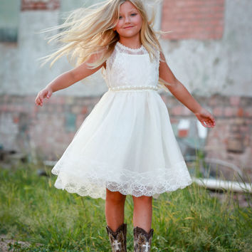 Lace flower girl dress, Rustic girl dress, Country shabby chic dress, Boho Chic dress, Tulle Flower Girl dress