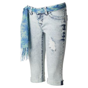 Wallflower Distressed Bleach Wash Capris
