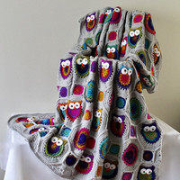 Afghan - Queen Size Owl Patchwork Blanket - Bright Multi with Light Grey Solid Throw