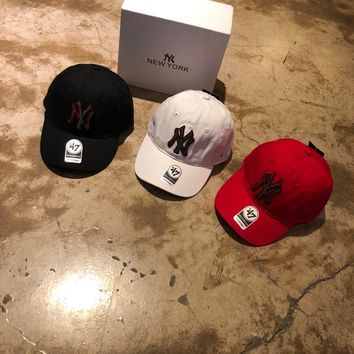 """""""New York Yankees"""" Fashion Casual Simple Solid Color Embroidery All-match Letter Cotton Tongue Cap Hat"""